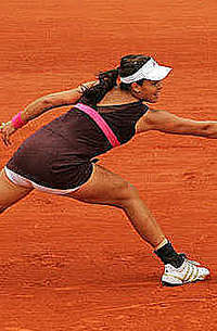 Ana Ivanovic knows how to hold a racket